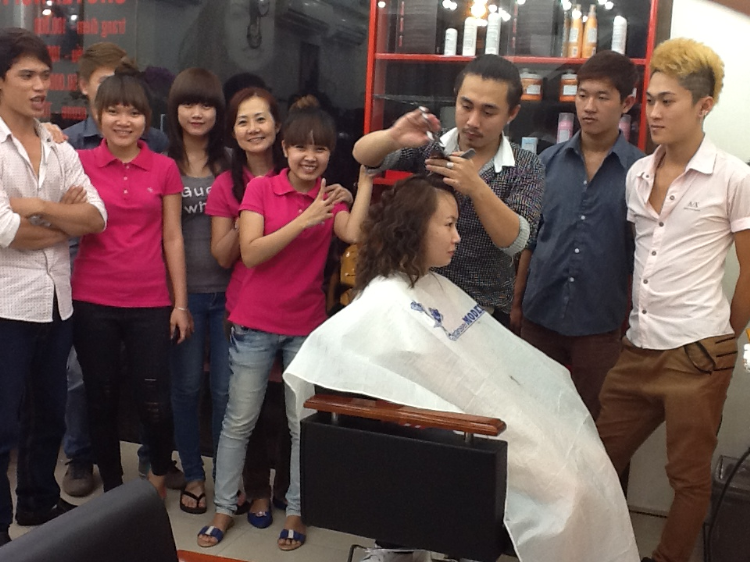 BeauTy Salon Bình Dương - BeauTy Salon Tùng Color